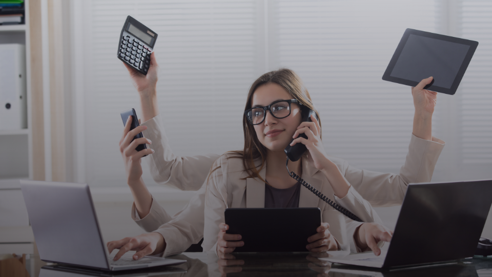 Досі думаєш, що робота рекрутером це лише безкінечні, нудні телефонні дзвінки?